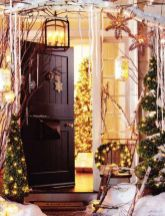 Perfect diy front porch christmas tree ideas on a budget 14