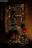 Perfect diy front porch christmas tree ideas on a budget 32
