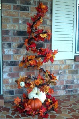 Perfect diy front porch christmas tree ideas on a budget 42