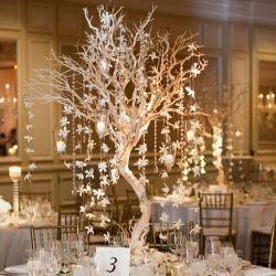 Popular winter wonderland snowflake decoration ideas 17
