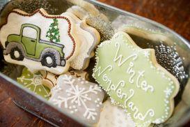 Popular winter wonderland snowflake decoration ideas 42
