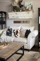 Romantic rustic farmhouse living room decor ideas 04