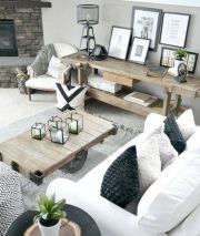 Romantic rustic farmhouse living room decor ideas 12