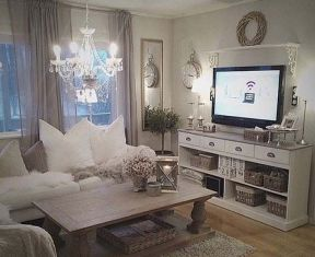 Romantic rustic farmhouse living room decor ideas 15