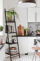 Simply apartment kitchen decorating ideas 01