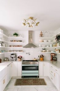 Simply apartment kitchen decorating ideas 41
