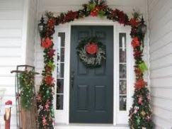 Stunning diy front porch christmas tree ideas on a budget 01
