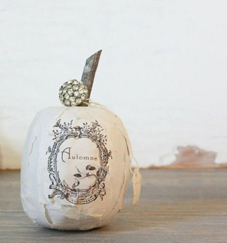 Stunning paper mache ideas for thanksgiving to decorate your home 08
