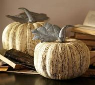 Stunning paper mache ideas for thanksgiving to decorate your home 33