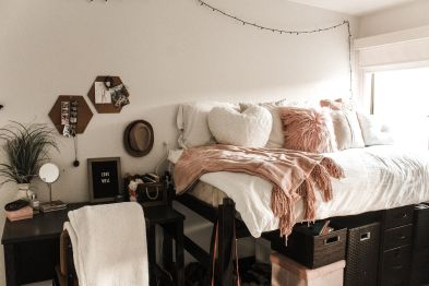 Stylish cool dorm rooms style decor ideas 05
