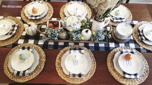 Unique diy farmhouse thanksgiving decorations ideas 18