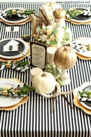 Unique diy farmhouse thanksgiving decorations ideas 40