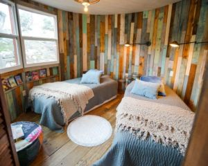 Awesome wooden panel walls bedroom ideas 14
