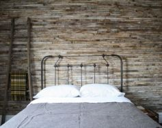 Awesome wooden panel walls bedroom ideas 42