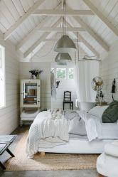 Casual vintage farmhouse bedroom ideas 33
