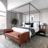 Cozy farmhouse master bedroom decoration ideas 42