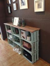 Creative ideas for repurposing old crates that are worth stealing 23