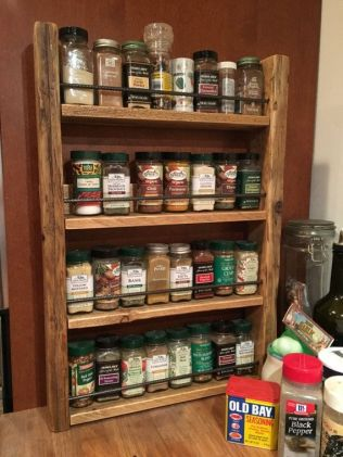Creative ideas for repurposing old crates that are worth stealing 36