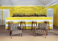 Fascinating striped walls living room designs ideas 29