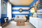 Fascinating striped walls living room designs ideas 44