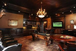 Impressive masculine game room decor ideas 44