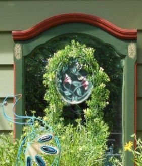 Inspiring outdoor garden wall mirrors ideas 03
