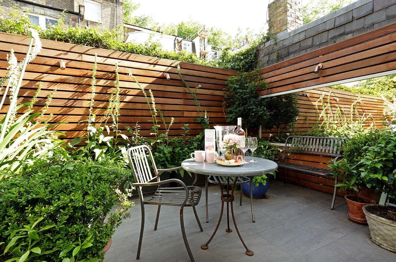 44 Inspiring Outdoor Garden Wall Mirrors Ideas Roundecor