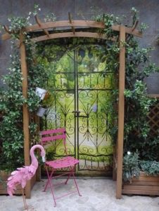 Inspiring outdoor garden wall mirrors ideas 42