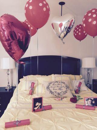 Inspiring valentine bedroom decor ideas for couples 14