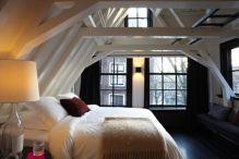 Lovely white bedroom decorating ideas for winter 13