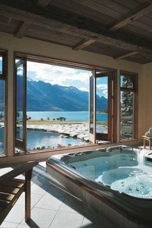 Luxurious bathroom designs ideas that exude luxury 25