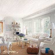 Stylish coastal living room decoration ideas 08