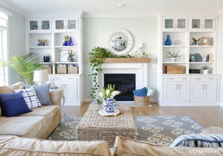 Stylish coastal living room decoration ideas 12