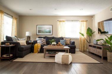 Stylish coastal living room decoration ideas 32