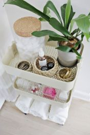 Simple bathroom storage ideas 43
