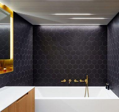 Affordable bathroom design ideas for apartment 30