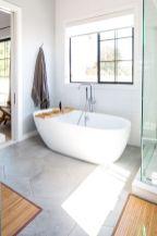Affordable bathroom design ideas for apartment 32