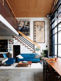 Awesome big living room design ideas with stairs 35