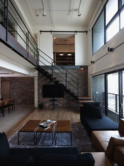 Awesome big living room design ideas with stairs 54