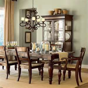 Comfy formal table centerpieces decorating ideas for dining room 26
