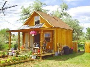 Cool small gardening ideas for tiny house 19