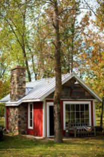 Cool small gardening ideas for tiny house 23