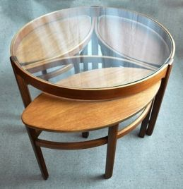 Creative coffee table design ideas for living room 32