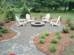 Elegant backyard landscaping ideas using bricks 22