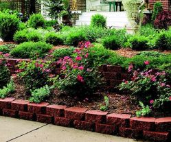 Elegant backyard landscaping ideas using bricks 40