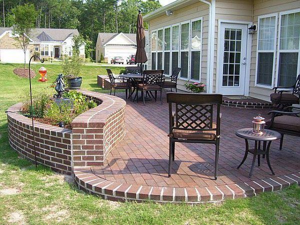 Elegant backyard landscaping ideas using bricks 47