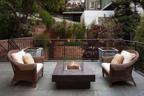Modern small outdoor patio design decorating ideas 16