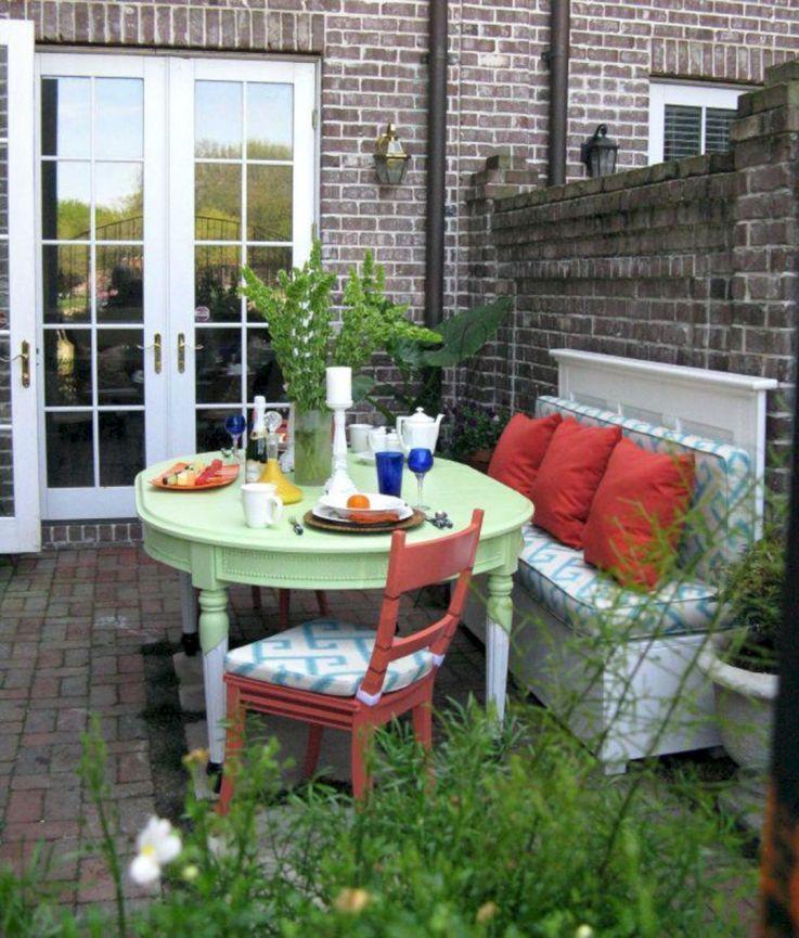 Modern small outdoor patio design decorating ideas 18