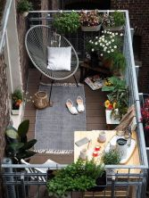 Modern small outdoor patio design decorating ideas 43