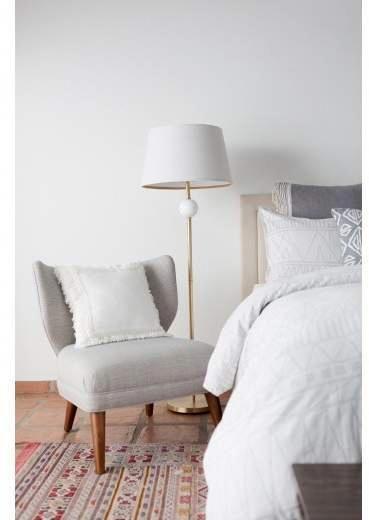 Stunning grey bedroom flooring ideas for soft room 15